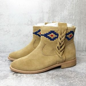 New SOLUDOS Embroidered Braided Southwest Bootie